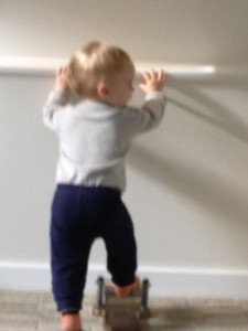 baby on foot corrector